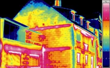 Hausfassade ohne Wärmedämmung (WDVS)